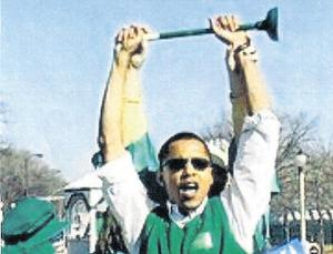 The picture of Barack Obama holding a toilet plunger at the 2003 Chicago St Patrick's Day parade