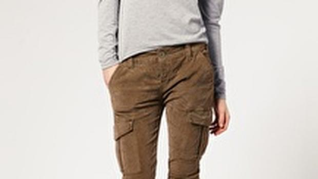 Skinny jeans are a good option for petities. Military trousers from Free People €75 asos.com