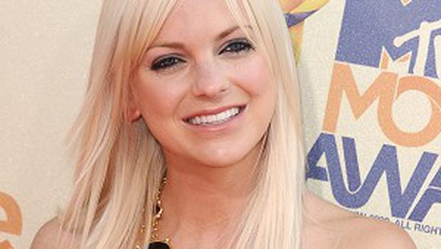 New Zealand's state tourism agency has apologised to American actress Anna Faris