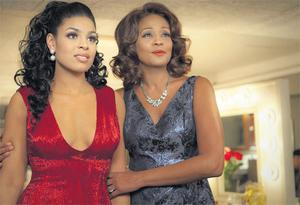 Jordin Sparks and Whitney Houston in a scene from the film 'Sparkle'.