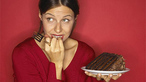 Women tell almost 500 lies a year about their diet, most commonly over chocolate, cheese and wine