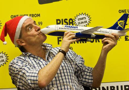 Ryanair's CEO Michael O'Leary announces five new Ryanair routes between Edinburgh and Alicante, Bremen, Frankfurt, Marseille and Pisa from March 2008. Photo: Marco Secchi/Scoopt/Getty Images