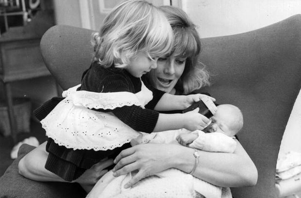 20-month old Natasha Richardson with her mother Vanessa Redgrave and new-born sister Joely. Photo: Central Press, Getty Images