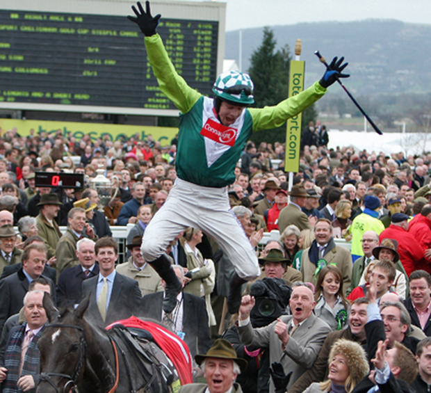 Sam Thomas celebrating his big win. Photo: Getty Images
