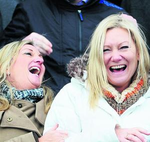 Geraldine Meyer, left, and Catheraine Hyland from knocklyon at the last day of the Leopardstown races Picture credit; © Damien Eagers 29/12/2011