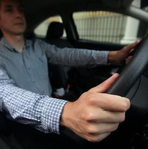 Drivers who set off on long journeys often go into autopilot, a survey showed