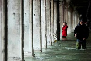 Shops, homes and historic palaces filled with water in Venice and authorities said 70pc of the lagoon city was flooded.