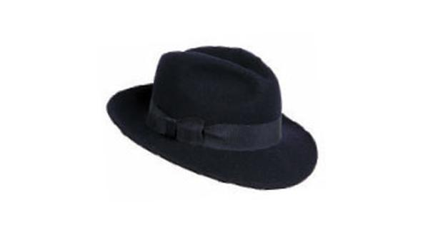 Credit card: €55, Shevlin Millinery, tel: 087-245-5565