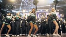 Notre Dame cheerleaders at the O2
