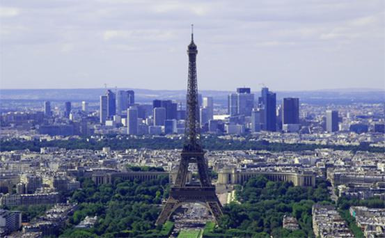 Uninterupted view of the Eiffel Tower