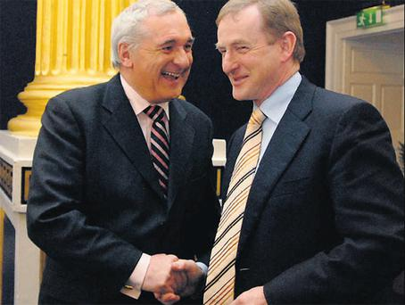 Bertie Ahern and Enda Kenny previously pictured at Dublin Castle (2008)