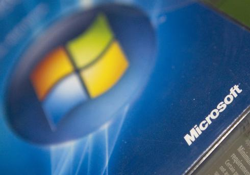 Security concerns have caused the number of those using Windows XP to plummet