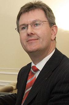 Jeffrey Donaldson backed UDA weapons decommissioning move