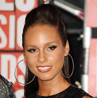 Alicia Keys is offering fans the chance to see her gig online
