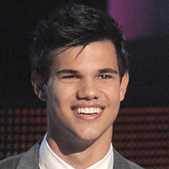 Taylor Lautner will apparently earn 7.5 million dollars for his next film