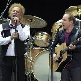 An internet campaign aims to get Simon and Garfunkel's song to No 1