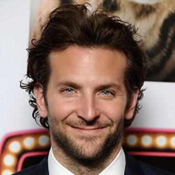 Bradley Cooper will be a presenter at the Golden Globes