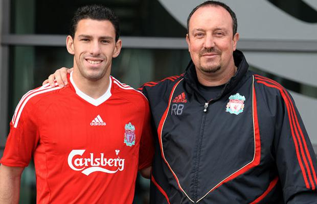 Liverpool manager Rafael Benitez and new signing Maxi Rodriguez after yesterday's press conference at the club's Melwood training complex. Photo: Getty Images