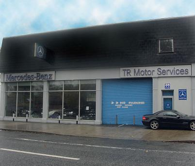 A mercedes showroom but with no new models for H and r auto motors