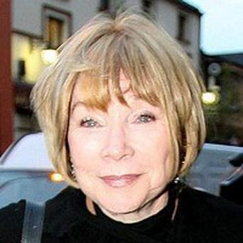 Shirley MacLaine says today's actors are obsessed with weight
