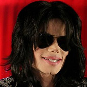 Michael Jackson's doctor is to surrender to authorities