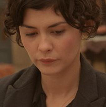 Audrey Tautou appears in Charlie Winston's video