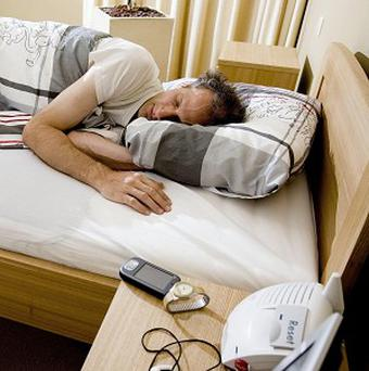 Getting lots of sleep and even nodding off for an hour or two boosts brain power, say scientists