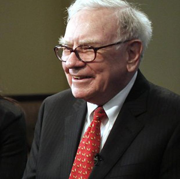 Warren Buffett dined with Salida Capital officials at the Smith and Wollensky restaurant (AP)