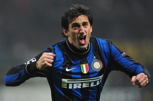 Inter Milan made a dream start against Chelsea at the San Siro. Thiago Motta's through ball found Diego Milito who hit the back of the net to give Inter a 1 - 0 lead. Photo: Getty Images