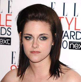 Kristen Stewart says Breaking Dawn should be in two parts