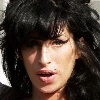 Amy Winehouse apparently turned down a Robbie Williams duet