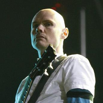 The Smashing Pumpkins are looking for a new bassist and keyboard player