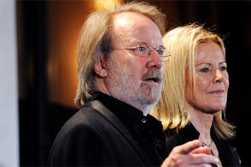 Benny (Left) and Anni-Frid from ABBA