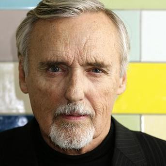 Dennis Hopper has been ordered to pay 12,000 US dollars a month to his wife