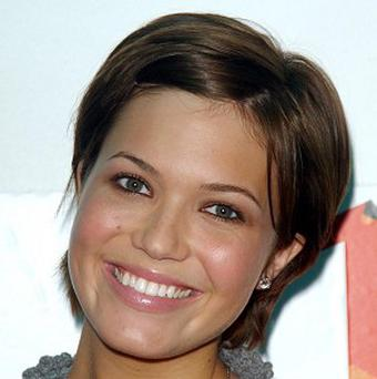 Mandy Moore is to star in Love, Wedding, Marriage