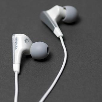 The new earphones with foam tips mould to the listener's ear and reduces external noise