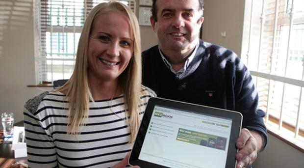 Angelina Ball and Pat Phelan of MAXroam with one of the first iPads in Ireland yesterday