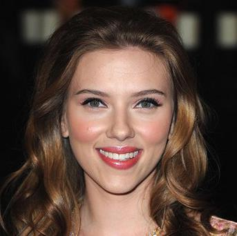 Scarlett Johansson is to star in Lunatic At Large