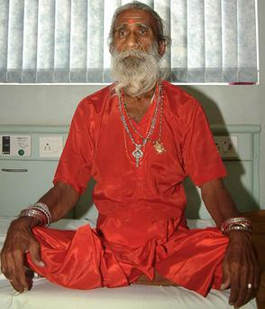 Indian patient Prahlad Jani (Mataji), who claims he has survived without food and water for more than seven decades. Photo: Getty Images