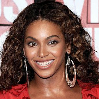 Beyonce loves Victoria Beckham's designer creations, according to reports