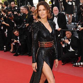 Kate Beckinsale strutted her stuff at the premiere of Biutiful