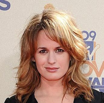 Elizabeth Reaser says Twilight contract negotiations have been blown out of proportion