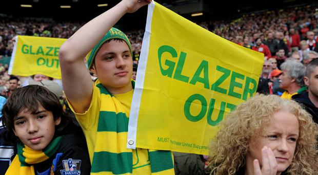 Manchester United supporters protest against the Glazers. Photo: Getty Images