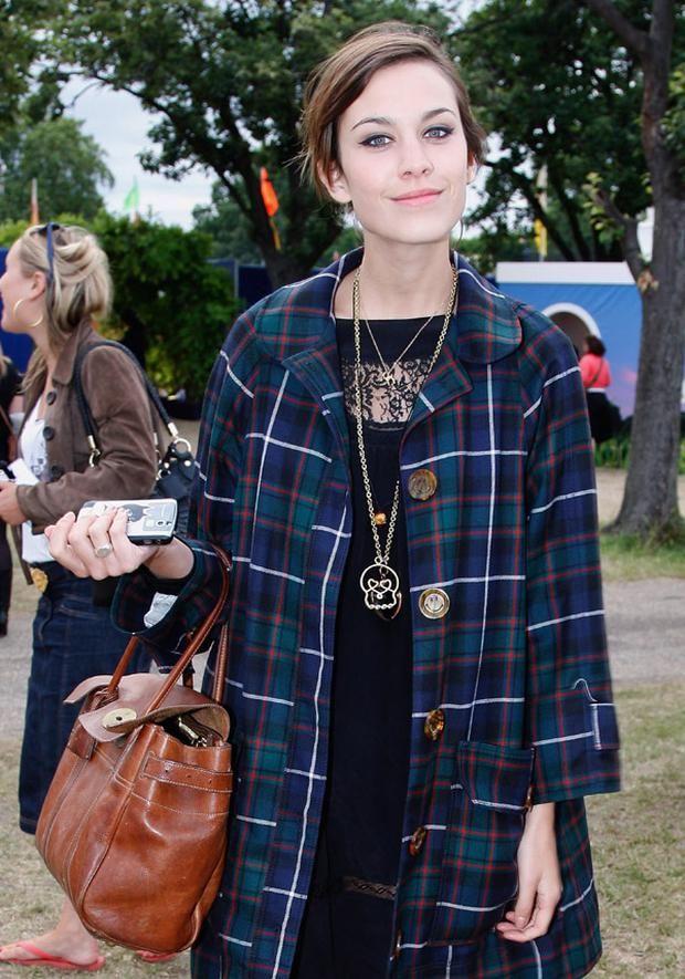 Alexa Chung with her Mulberry Alexa