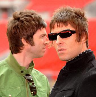 Oasis have won a Britpop rematch against Blur