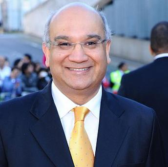 Keith Vaz MP has sent a belt to trouser-trouble mayor Colin Hall