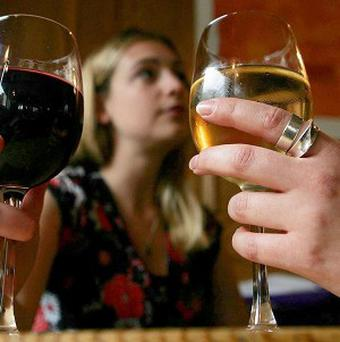 Almost 400 UK pubs have been blacklisted from a guidebook after a rise in complaints about bad service