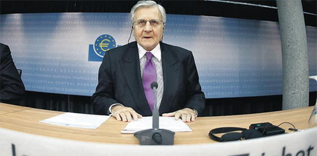 Jean-Claude Trichet, president of the European Central Bank, speaking in Frankfurt yesterday about the ECB's decision to keep interest rates at 1pc