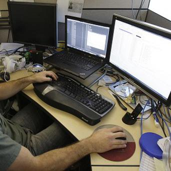 One hundred jobs are to be created at an internet IT support firm in Dublin
