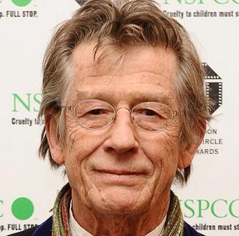 Screen veteran John Hurt is to head the cast in a BBC ghost story